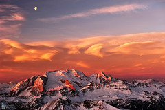 The Guardian of the Queen (Edoardo Brotto) Tags: cloud sunrise nuvole alba rosa luna lenticular dolomites dolomiti marmolada nubi lagazuoi laregina lenticolari edoardobrotto