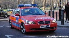 Metropolitan Police / BMW 525d / Diplomatic Protection Group Armed Response Vehicle / xx / BX09 AOF (Chris' 999 Pics) Tags: old uk blue light england woman man film speed lights bill pc nikon bars pix order fuji cops united nick fine blues samsung kingdom cop finepix copper and fujifilm service law hd enforcement breakers emergency 112 siren coppers arrest policeman 999 constable 991 twos strobes policing lightbars rotators d3000 led's s2750