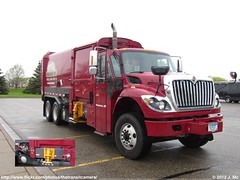 Burts Disposal Garbage Truck (TheTransitCamera) Tags: truck garbage disposal international waste bloomington mn labrie burts