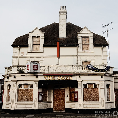 Abandoned Portsmouth - The Swan