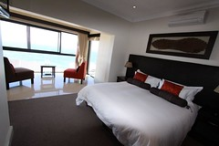 "Shingwedzi - Double or Twin Room • <a style=""font-size:0.8em;"" href=""http://www.flickr.com/photos/34800309@N05/7407871102/"" target=""_blank"">View on Flickr</a>"