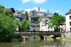 Luxembourg Grund (kewl) Tags: bridge building water river duck luxembourg alzette grund