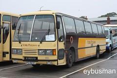 York Pullman 201, EFD923Y. (EYBusman) Tags: road park york travel bus volvo coach yorkshire north east independent pullman laser lazer bridlington logistics kj willenhall rufforth b10m duple fhw hilderthorpe efd923y
