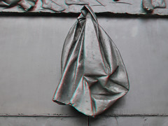 Detail Deur Laurenskerk 3D (wim hoppenbrouwers) Tags: statue bronze 3d rotterdam anaglyph stereo doorhandle redcyan sintlaurenskerk