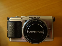 Olympus Pen E-P3 (petrusko.rm) Tags: camera pen lens four prime olympus system micro pancake compact csc thirds ep3 17mm m43 mft