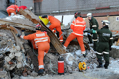 Double Whammy 2009 171 (IainDK) Tags: operationstoaccesscasualtiestrappedwithintherubblecontinue imageall usar urban search rescue west yorkshire exercise double whammy whamy fire collapse multi agency xxx