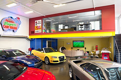 "Display Garage and Lounge • <a style=""font-size:0.8em;"" href=""http://www.flickr.com/photos/75603962@N08/7631773876/"" target=""_blank"">View on Flickr</a>"