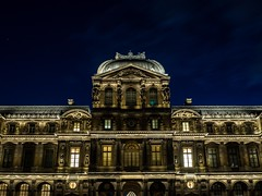 Louvre (Le petit oiseau va...) Tags: night lights light architecture urban paris france louvre city cityscape building olympus omd longexposure