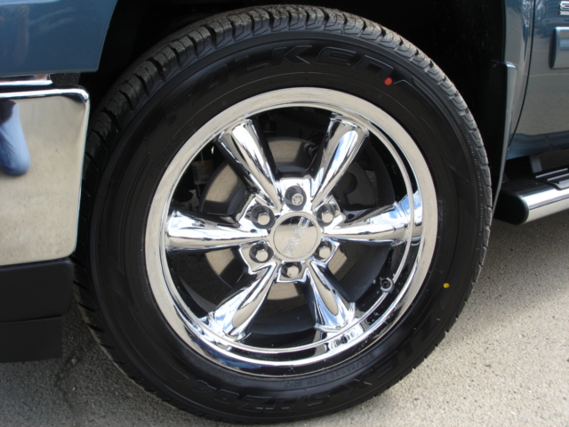 wheels tires accessories tonneaucovers