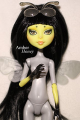 CAM bee repaint (Amber-Honey) Tags: monster insect amber high mod doll ooak cam bee honey create custom mattel repaint