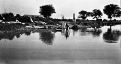 India pictures (Peter Curbishley) Tags: pakistan india river laundry ww1 greatwar washing dhobighat