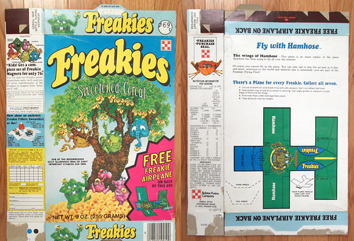 1975 Ralston Freakies Cereal Box Hamhose airplane