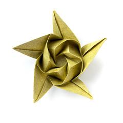 Etude (_Ekaterina) Tags: flowers yellow paper star origami lukashevaekaterina lukasheva ekaterinalukasheva