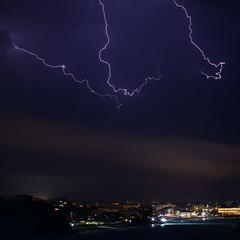 Orage Biarritz - 26.07.2012 (Cdric Darrigrand) Tags: storm canon lightning euskalherria biarritz basquecountry orage paysbasque anglet t2i eos550d kreatox kreatoxcom cdricdarrigrand
