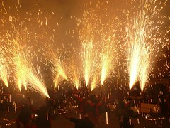 Fireworks , Diables (39) (calafellvalo) Tags: noche fireworks calafell fuegosartificiales nit plvora traca diables masclet calafellvalo castelldefoc diablesdecalafell guaitels festamajordecalafell diablesfireworksfuegosartificialescalafellcalafellvalo