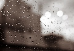 * (PattyK.) Tags: ioannina giannena giannina epirus ipiros rain raindrops window summerrain itsraining nikon ipiccy ilovephotography whereilive       greece griechenland hellas ellada