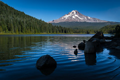 Trillium Lake (D-Adams) Tags: mount hood mt oregon woods trees lake trillium d5300 nikon landscape water reflection sky blue ripples rock green outdoors outdoor wilderness cascade cascades volcano snow timberline timber