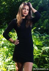 Arianne (Chobinho) Tags: hot photoshoot photo shoot amstelveen amsterdam netherlands nederland park tree green summer zomer groen parkje model brunette mooi sunlight sun zon zonlicht gezicht face pretty
