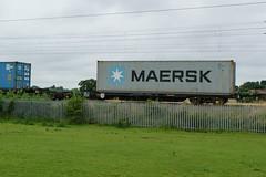 92619 Kingsthorpe 150716 (Dan86401) Tags: 92619 rls92619 92 kfa freightliner fl intermodal modal container flat wagon freight rls standardwagon touax wilsonscrossing kingsthorpe northampton wcml 4m88 maersk