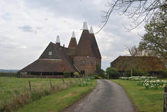 Oast House Chiddingstone Kent (Loco Steve) Tags: kent oasthouse chiddingstone