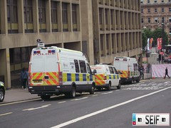 Ivecodaily+Volksagen transporter Glasgow2012 (seifracing) Tags: seifracing scotland strathclyde spotting rescue glasgow ecosse police iveco daily support unit sf61bpz sf58 nba