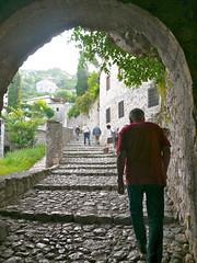 Poitelj, Bosnie-Herzgovine (Marie-Hlne Cingal) Tags: stairs scala escaleras neretva treppen escaliers poitelj bosnaihercegovina bosnieherzgovine  apljina