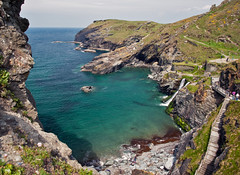 Down to the beach (JmGpHoToS) Tags: k tintagel