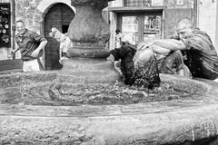 Corsa dei Ceri 2012 - Gubbio (Andrea Cittadini Photography) Tags: fotografia biancoenero reportage corsa gubbio manifestazione emozioni generazioni corsadeiceridigubbio