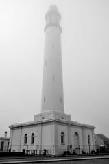 La tête dans le brouillard - phare risban - Dunkerque