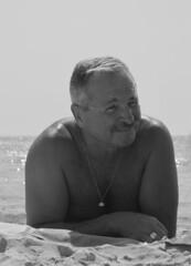 Smiler (Alexander Jones - Documentary Photography) Tags: street espaa beach photography spain candid documentary olympus espana sa moment mallorca coma majorca decisive e500
