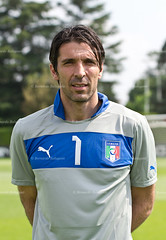 Gigi Buffon - more at www.bernardobaluganti.co.nr (sBerna) Tags: city portrait italy milan manchester football team nikon italia bokeh euro soccer gigi 28 nikkor antonio ritratto 70200 juventus 2012 calcio inter nazionale buffon abate d90 cassano gianluigi coverciano prandelli