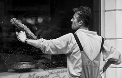 The window cleaner (Maríon) Tags: street travel bw white black turkey nikon istanbul marion reise tyrkia supermarion nesje d7000 marionnesje