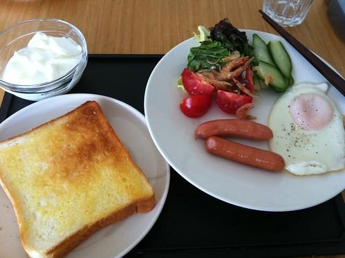 朝 ダイエットの前に、まず正しい体作りか。炭水化物も入れて改善。
