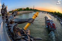 Nymphe at sunset (A.G. Photographe) Tags: bridge sunset fish paris france seine french nikon raw iii eiffeltower eiffel fisheye invalides toureiffel champdemars ag pont fx pniche 16mm alexandre quai hdr parisian anto d800 couchdesoleil parisienne xiii parisien gustaveeiffel antoxiii hdr5raw agphotographe oeilpoisson