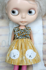 This is what ghost mouths look like when closed (Button Arcade) Tags: wool yellow gold dress felt bow ghosts blythe woodgrain pockets buttonarcade