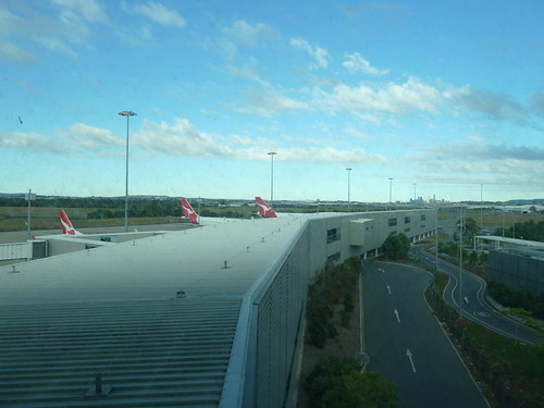 366:176: Qantas and the city