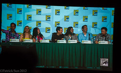IMG_9304 (Patcave) Tags: show brown celebrity stars actors tv community san panel joel diego actress danny actor celebrities jacobs celebs gillian yvette brie alison celeb comiccon comicon 2012 actresses pudi mchale