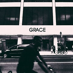 Grace (Nikos Vosniadis) Tags: street nyc newyorkcity blackandwhite bw square squareformat iphone gracebuilding iphoneography instagram instagramapp uploaded:by=instagram foursquare:venue=4d3490bf2c76a143392c86c7