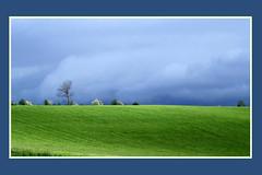 Paysage d'Auvergne (rogermarcel) Tags: cloud landscape nuage paysage auvergne mygearandme mygearandmepremium mygearandmebronze rogermarcel
