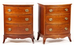 73. Biggs Furniture Co. - Pair of Hepplewhite style Inlaid Chests