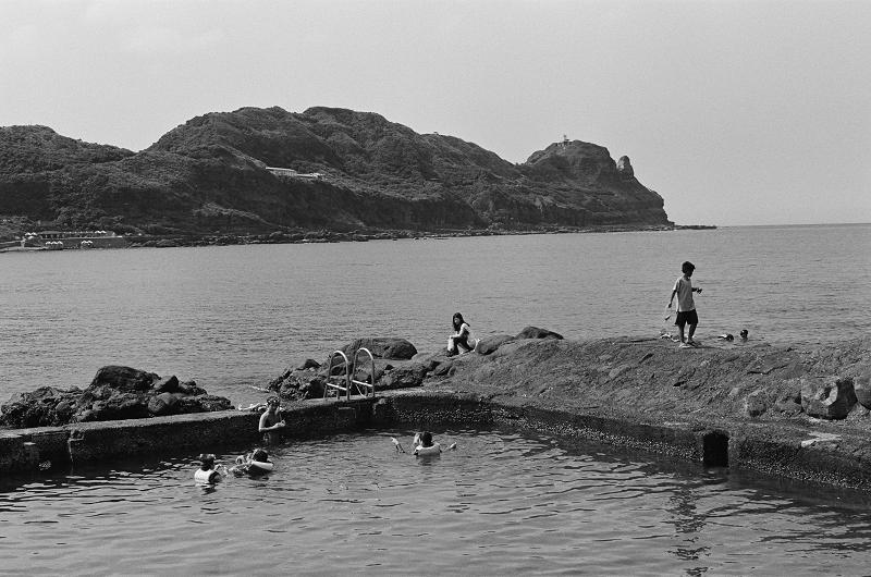 海邊的作品 (K2, 50/1.2)
