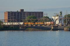 Mixed ABA (Trainboy03) Tags: santa bridge burlington iowa crescent ia fe northern davenport bnsf 555