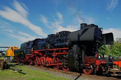 Eisenbahnromantik (ingrid eulenfan) Tags: eisenbahnmuseumleipzigev eisenbahn leipzig plagwitz museum eisenbahntechnik fahrzeug lokomotive zug dampfmaschine dampflokomotive