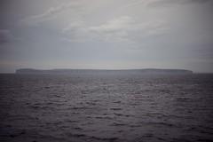 (Esther'90) Tags: landscape britishlandscape scottishlandscape summerlandscape summer summertime island sea water bluesky bluewater blue clouds sky skyclouds waves scotland scottish orkney islands