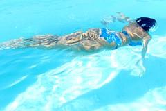 Summer (CarloAlessioCozzolino) Tags: summer estate piscina pool ragazza girl acqua water