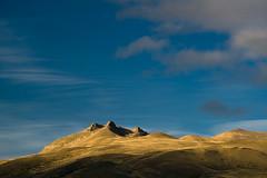 Atardecer en un cerro de la estepa