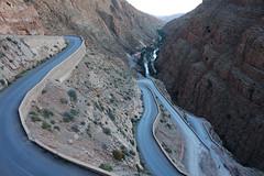 The winding roads of Dades Gorge (Cagsawa) Tags: dades gorge dadesgorge atlasmountain atlas mountain mountainpass switchback morocco moroccan africa winding road windingroad rx100 sunset dusk outdoor mountainwall river kasbah ouarzazate