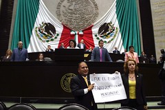 IMG_4891 (Fotografa GP-PRD LXIII) Tags: cmara camaradediputados cmaradediputados lxiii lxiiilegislatura legislatura gpprd prd tomasoctaviano elidacasteln ayotzinapa protesta pleno