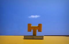 snort (Rino Alessandrini) Tags: colori cielo giallo blu nuvola sbuffo geometrie astratto color yellow sky blue cloud puff abstract geometric