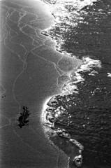 \Coast (MZ163) Tags: samara leicar8 varioelmar35704 film fujiacros bw monochrome volga river russia